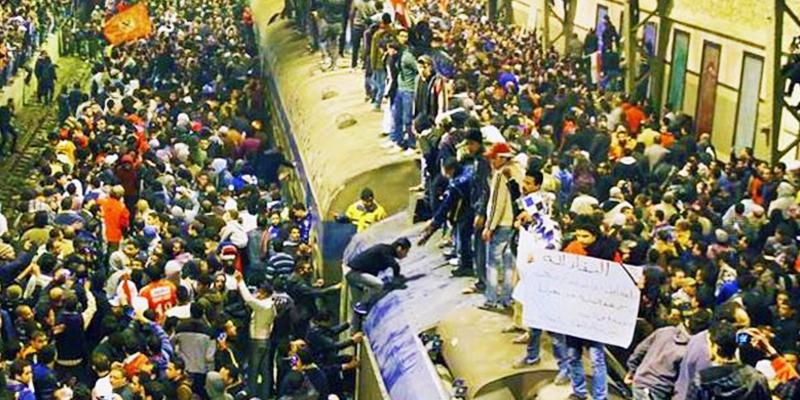 Egypt train rush