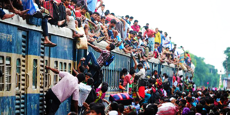 Bangladesh train rush