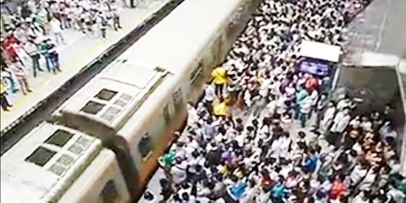 China train rush