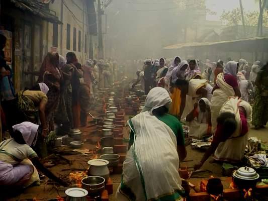 Attukal Pongala - Women's Sabarimala