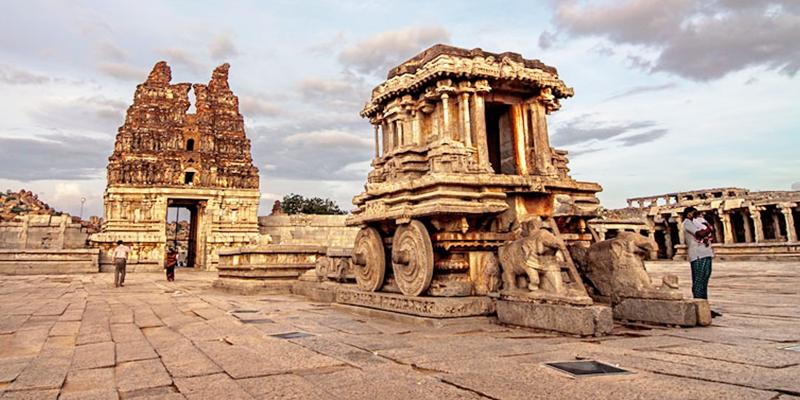 Vitthala Complex - Hampi