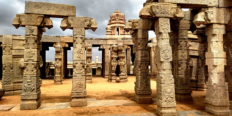 Temple with Hanging Pillar