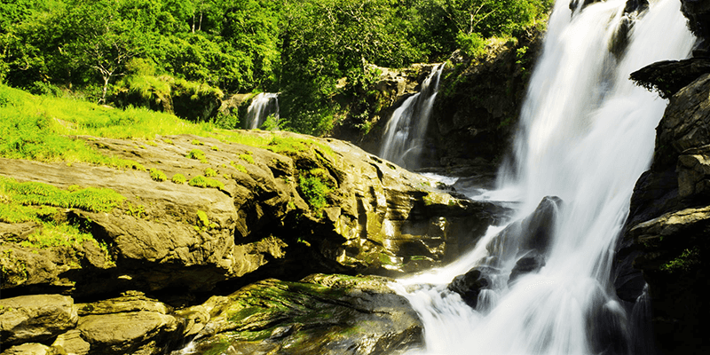 Nyayamakad Waterfalls pictures