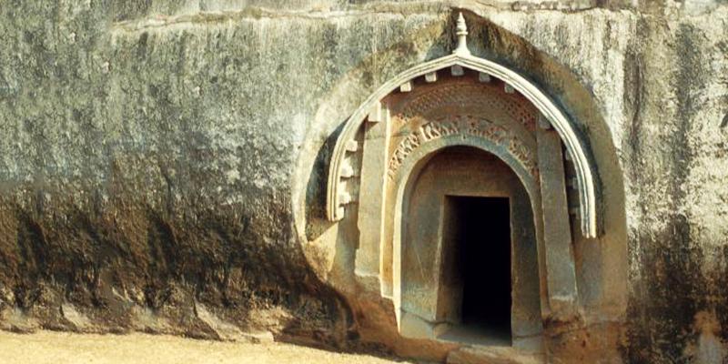 lomas Cave