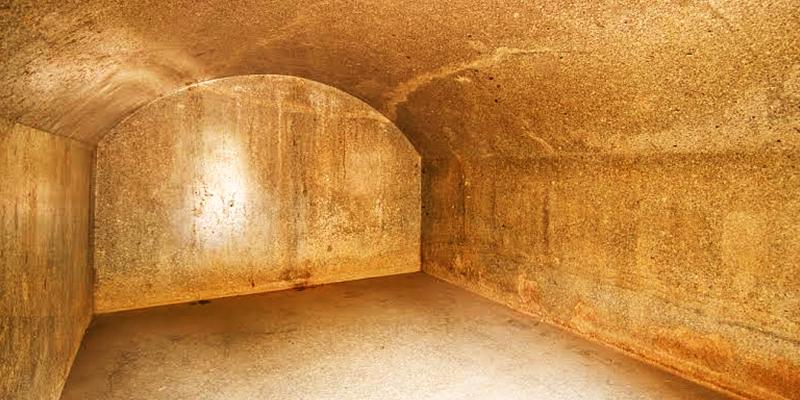 Vapiyaka cave