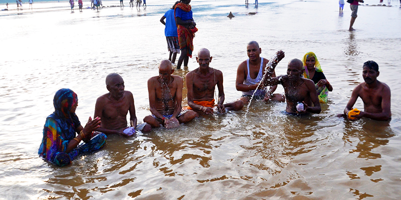 performing shradh with falgu's water