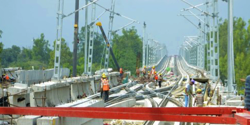 Lucknow metro cheap and modern