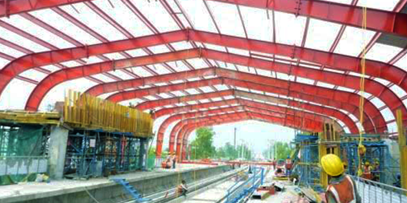 Lucknow metro with modern aminities