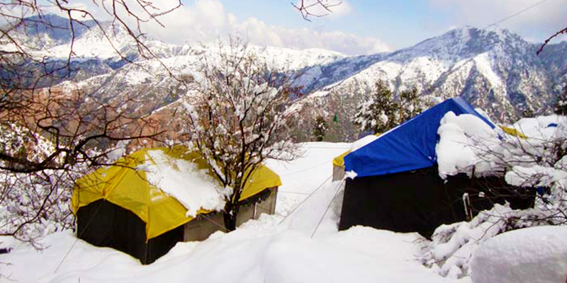 Snowfall in Dhanaulti