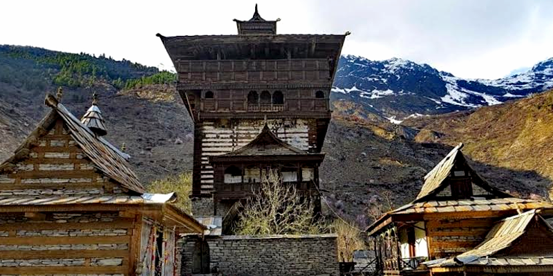 Great Himalayan Kamru Fort A place reminiscent of 15th century