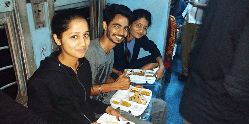 food service on train