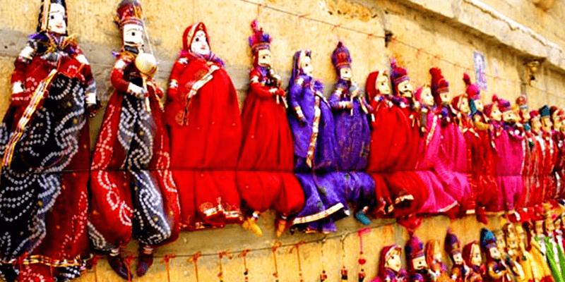 Colourful markets Pushkar