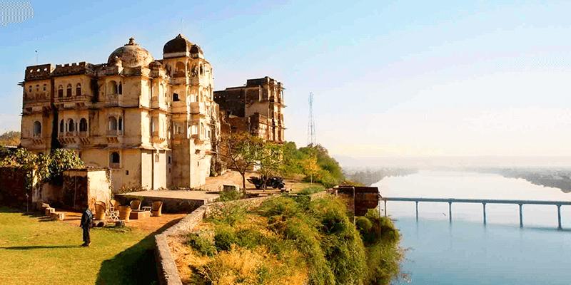 Bhainsrorgarh Fort photos