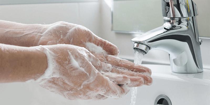 Staff Hygiene in restaurant's kitchen