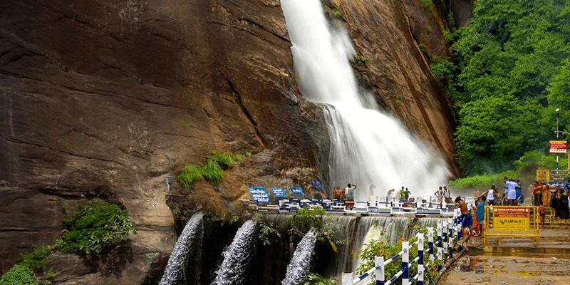 Old Courtallam Falls