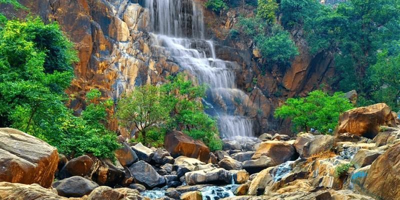 Lodh Waterfalls